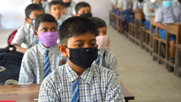 school masks edited 696x392 1