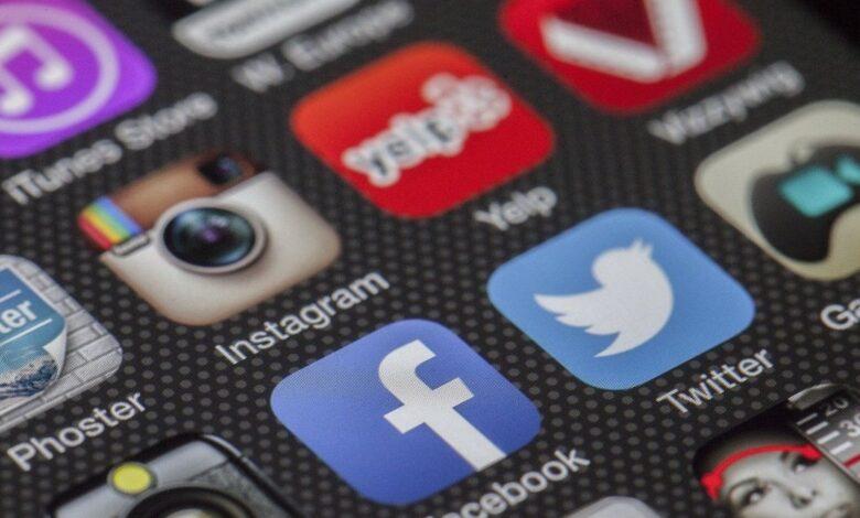 Facebook Twitter ban India