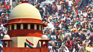 385637 supreme court farmers protest.jpg